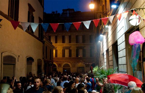 Ferragosto 2011 al Teatro Valle Occupato di Roma
