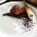 -Filetto di maiale affumicato con asparagi al burro, patate hasselback, cipollotto piastrato e polvere di cavolo viola - - - Fotografia inserita il giorno 16-10-2021 alle ore 19:05:19 da pasqualefranzese