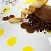 -Quenella di gelato al cioccolato fondente con cialda croccante e  crumble salato accompagnato da salse cioccozafferano  - - - Fotografia inserita il giorno 17-04-2019 alle ore 05:37:35 da pasqualefranzese