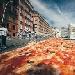 Napoli da record con il Pizza Village per la pizza napoletana sempre più globale. Format da export e una pizzaiola cinese in gara per il Mondiale del pizzaiolo con più di un milione di presenze a Napoli.