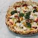 Filetto di pomodoro sia giallo che rosso del Vesuvio, ciuffi di ricotta di bufala, fior di latte della latteria Sorrentino e pepe - - - Fotografia inserita il giorno 30-10-2020 alle ore 10:21:57 da pizzamparelli