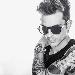 Cafiero è tornato sulla scena musicale con Cafiero Music Pen Drive, il nuovo progetto discografico.