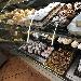 Vetrina della pasticceria - - - Fotografia inserita il giorno 16-06-2019 alle ore 11:52:23 da vincenzoliuzzi