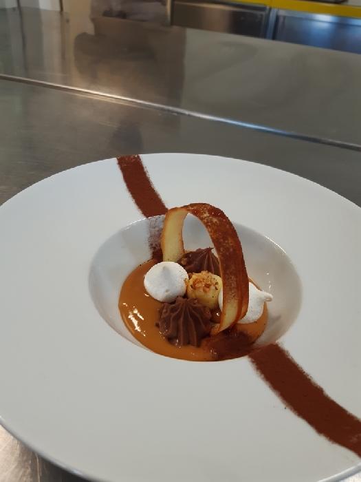 -Dessert al piatto con cialda croccante