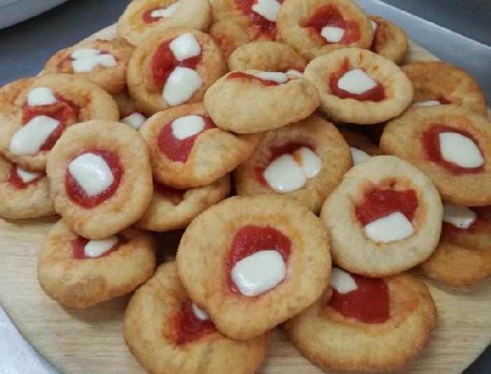 -Finger food di pizzette fritte