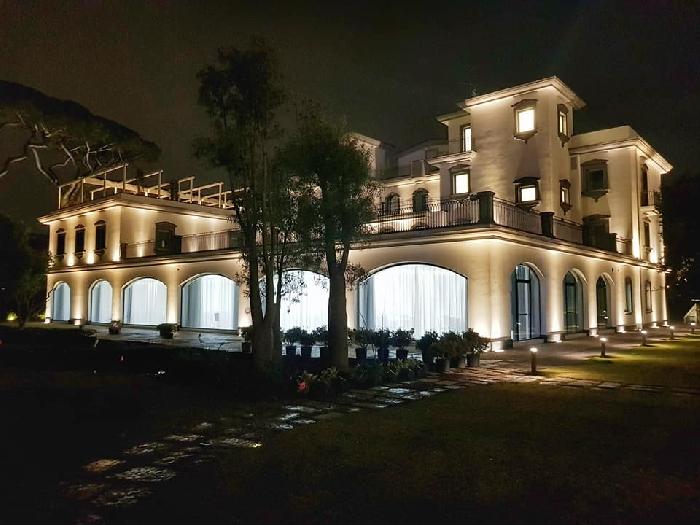 Nel giardino incantato del  San Cristoforo Luxury Resort, il gioiello del Line