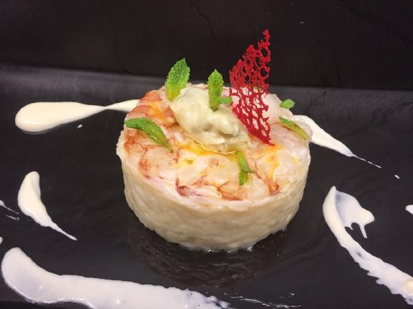 -Risotto mantecato al gorgonzola con carpaccio di gamberi marinati al mojito