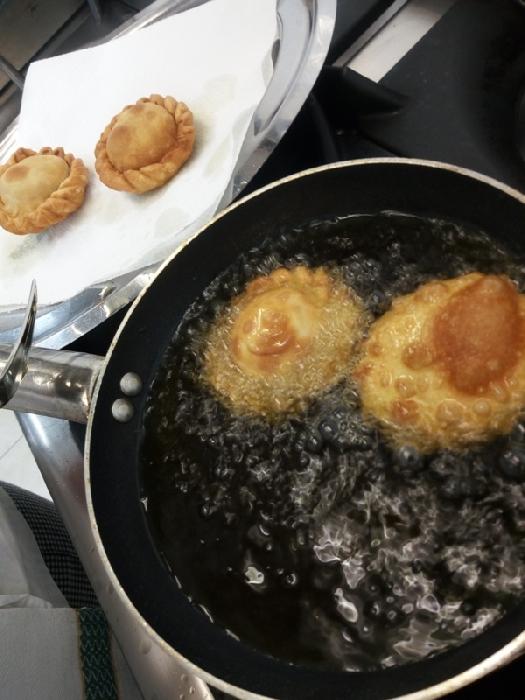 -Sa panada fritta con carciofi e patate