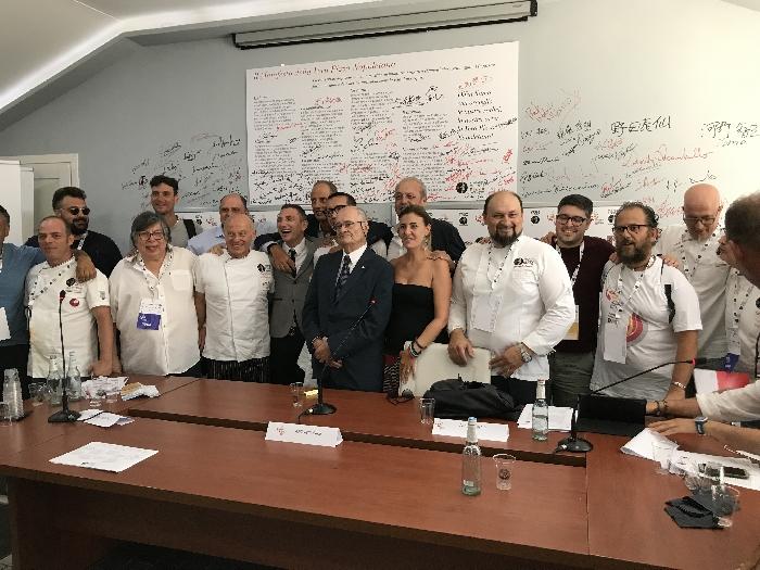 -pizzaioli Associazione verace pizza napoletana con il presidente Antonio Pace