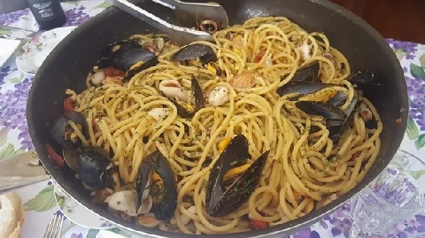 -spaghettoni allo scoglio