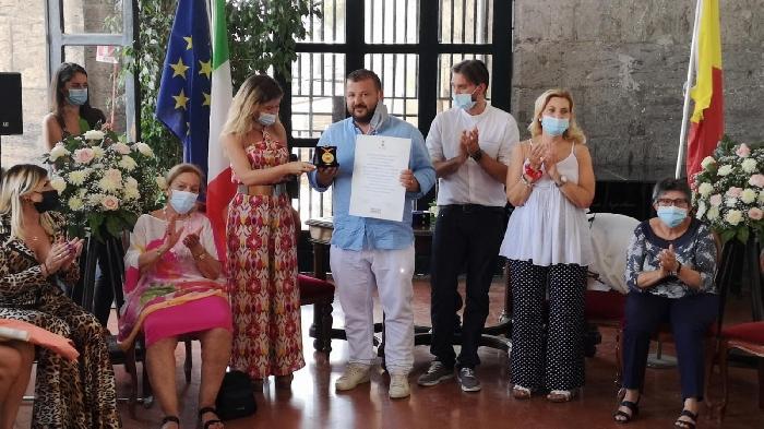 Ciro Poppella insignito Ambasciatore di Napoli