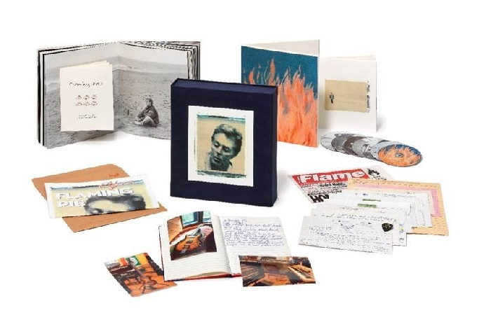 "PAUL McCARTNEY ""Flaming Pie"" - Archive Collection"
