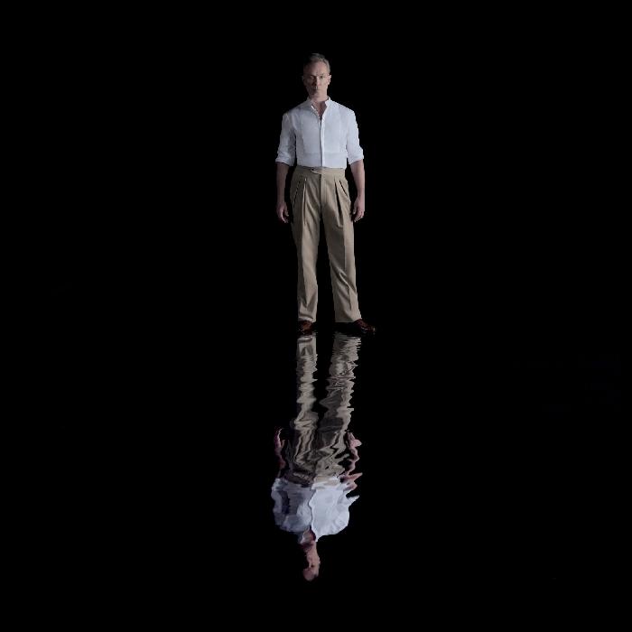 """A 25 anni di distanza dal primo progetto solista, GARY KEMP torna con """"AHEAD OF THE GAME"""", il nuovo singolo, da ieri disponibile in digitale, che anticipa l"""