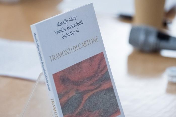 Giovedì 14 maggio, ore 21, presentazione di Tramonti di cartone, live sulla pagina Facebook della GM Press Editore