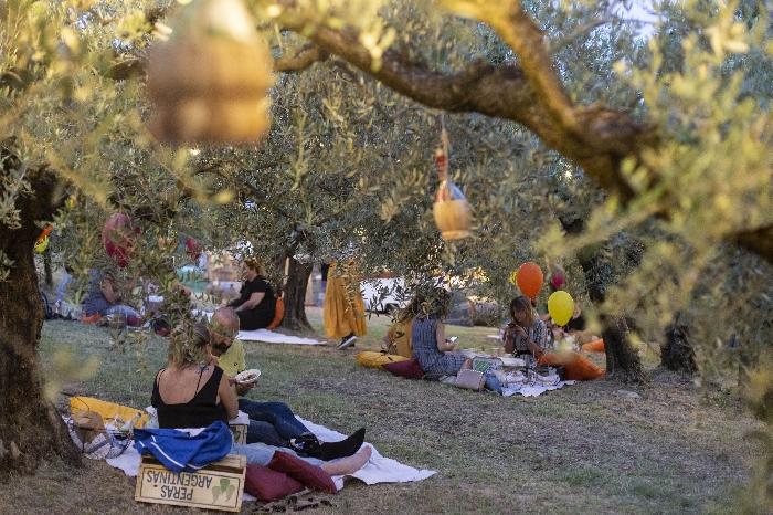Terre Giunchi nelle colline cesenati lancia Imbrunire, il picnic a