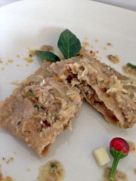 �Souvenirs d'automne� bauletti di farina di castagne con rositi silani e caciocavallo podolico
