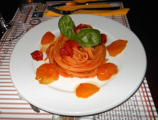 Spaghetti monograno al pomodoro giallo gi� gi� del Vesuvio