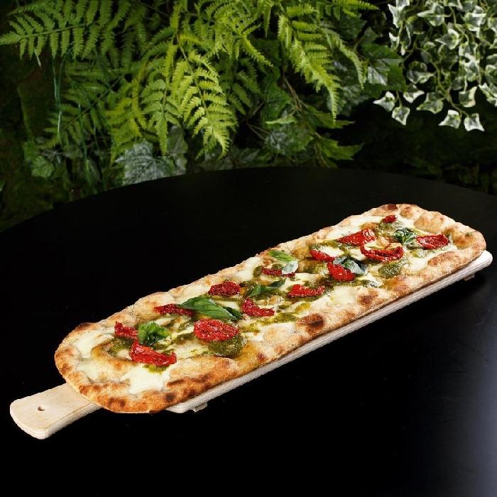 """Il 4 febbraio a Casagiove (Ce) apre """"Pizza in pala, focaccia e pane"""", il nuovo format di Johnny Take Uè ispirato allo street food healthy"""