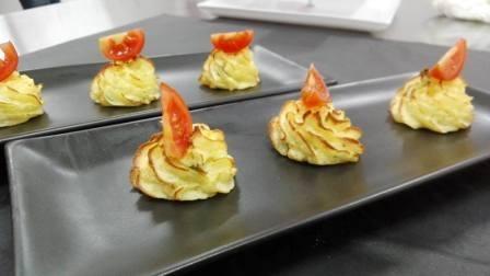 Patate riccio con pomodoro al naturale