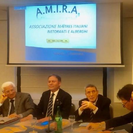 AMIRA: Rinnovato impegno dei Maitres per professionali risposte alla crescente presenza turistica alberghiera a Napoli
