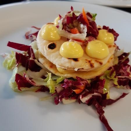 Millefoglie di piadina, con insalata capricciosa e maionese