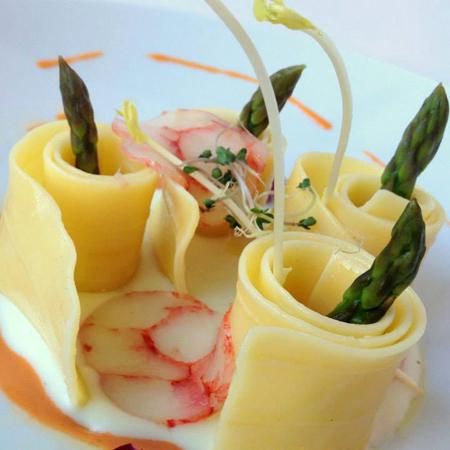 Ricetta inserita su spaghettitaliani.com da Alessandro Romano: Chiocciole.it... Lasagnette con patate, salame di gamberi rossi di Sicilia e punta di asparagi