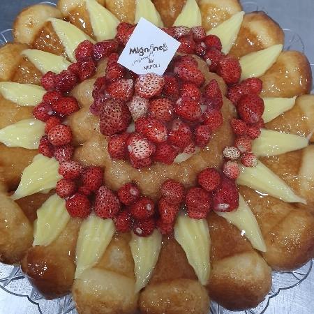 Il 21 novembre alla pasticceria Mignone di Napoli si celebra Sua Maestà il babà