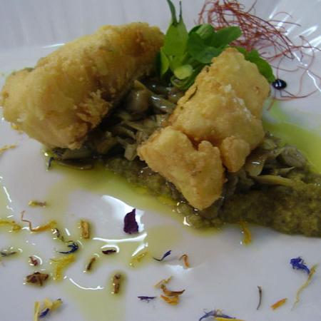 Baccalà fritto con carciofi di Cerda