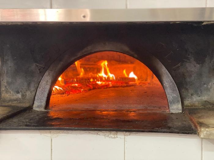 Pizzeria Zamparelli - Il forno a legna