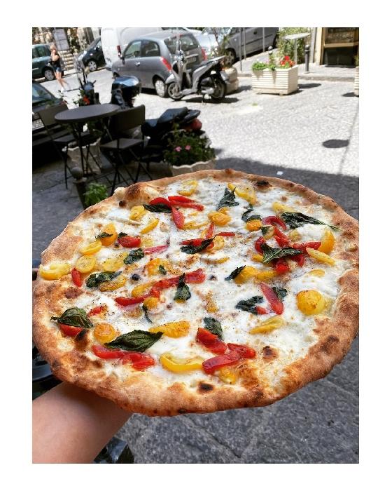 Pizzeria Zamparelli - Margherita con pomodorini rossi e gialli a filetto