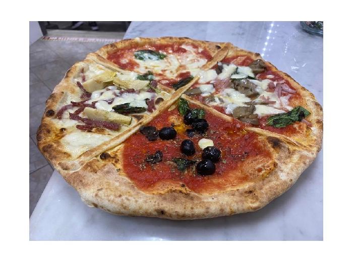 Pizzeria Zamparelli - Pizza quattro stagioni