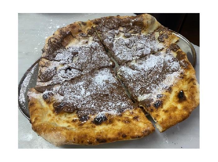 Pizzeria Zamparelli - Pizza con nutella