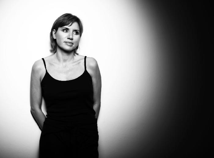 Venerdì 9 aprile Pink Noise di Francesca Fini, la prima performance artist sulla blockchain