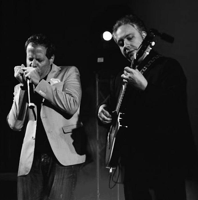 Vietri in Scena: lo straordinario duo Buzzurro-Milici in concerto alla Villa comunale martedì 14 luglio, ore 21. Ingresso gratuito