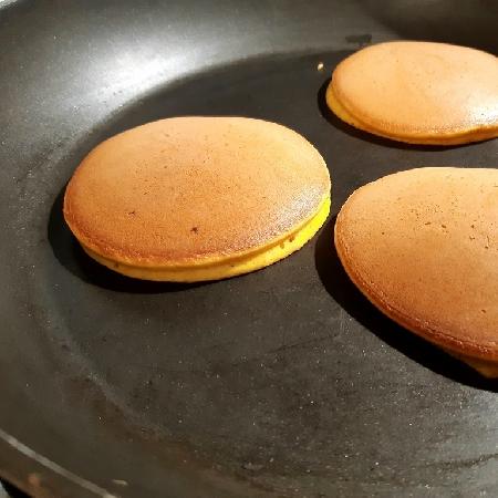 -Pancake alla curcuma senza uova