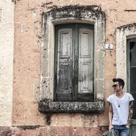 Cafiero, il nuovo singolo Amarsi a perdere è disponibile in digitale