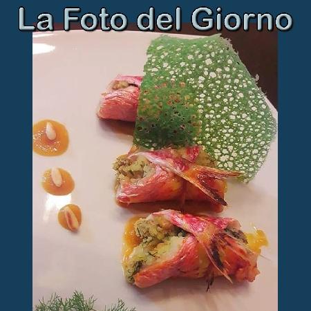 La Foto del Giorno del 15 Ottobre 2021 - Beccafico di triglie su composta di arance allo zenzero